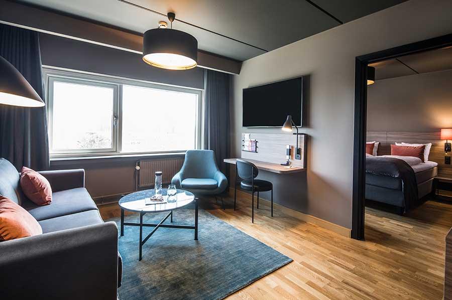 Juniorsuite i rå New-Yorker stil fra hotel Scandic Glostrup